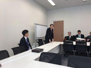 新田一郎氏の勉強会前にごあいさついただいた衆議院議員・橘慶一郎氏