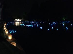 池之端から水上舞台の風景