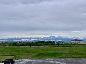 今月唯一の一枚。曇りながらもくっきりと立山連峰が・・・
