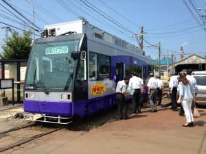 架線ハイブリッド電車のハイトラム試乗会