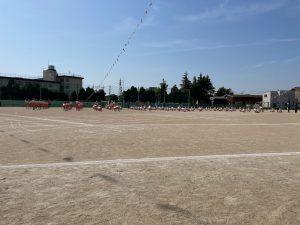 晴天に恵まれた小学校の運動会