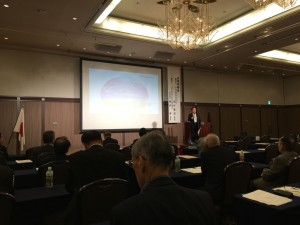 自民党富山県連主催の勉強会。講師は、地方創生統合実行本部事務局長の福井衆議院議員。