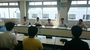 高岡法科大学の学生らとの意見交換会。