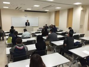 ウイング・ウイング高岡で行われた南高校同窓会代表幹事会。織田同窓会長の挨拶。