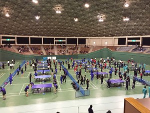 高岡地区卓球大会本番前の練習風景